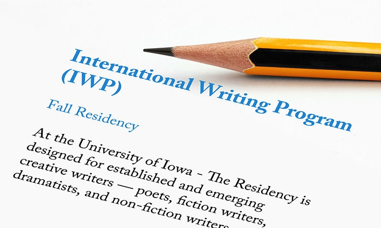 creative writing english course Creative writing with english literature at winchester allows you to explore language via workshops and assignments learn more.