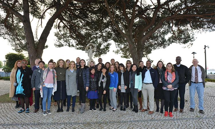 Os estudantes da Bentley Univ. na Embaixada
