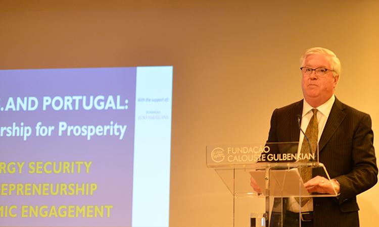 Embaixador Glass na conferência