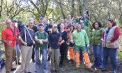 Embaixatriz Mary Glass com outros voluntários em Monsanto.