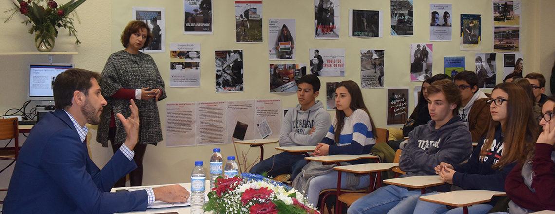 Palestra sobre Direitos Humanos na Escola
